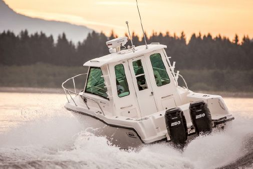 Boston Whaler 285 Conquest Pilothouse image