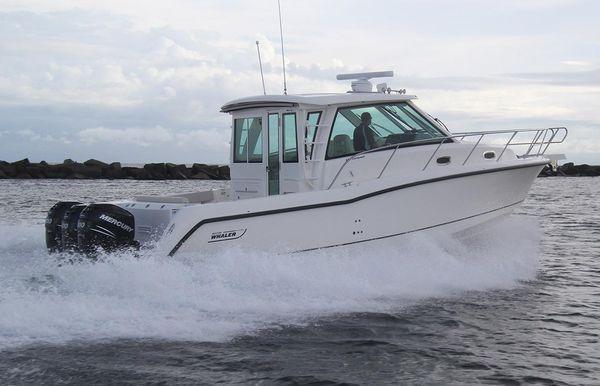 2021 Boston Whaler 345 Conquest Pilothouse