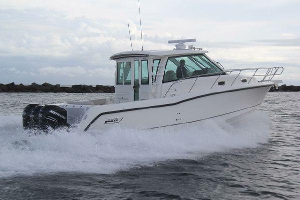 Boston Whaler 345 Conquest Pilothouse - main image