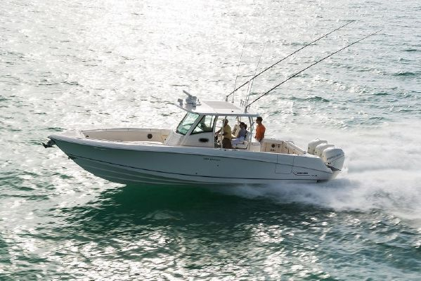 Boston Whaler 350 Outrage - main image