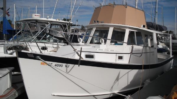 Ontario Yachts Trawler