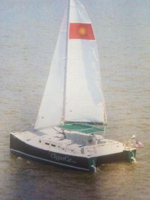 Catamaran Clipper Cat 35 - main image