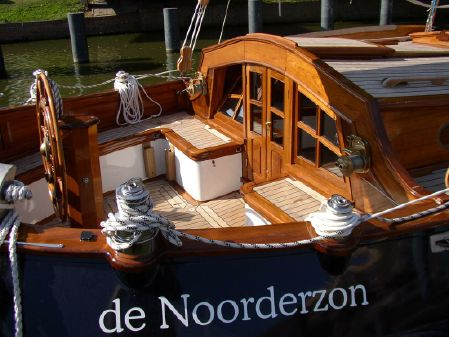 Hoek Design Dutch leeboard image