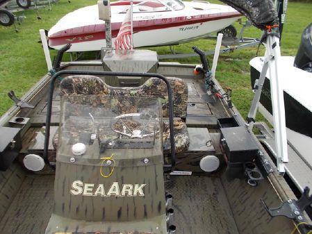SeaArk 2072 image