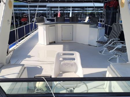 Horizon 16x60 widebody with full insulation package and bow and stern thrusters image