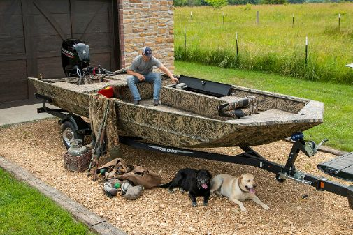 Lowe Roughneck 2070 Waterfowl Tiller image