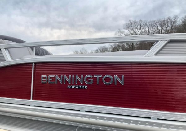 Bennington 22 RTFB image