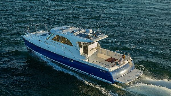 Aspen Power Catamaran C100 Escape