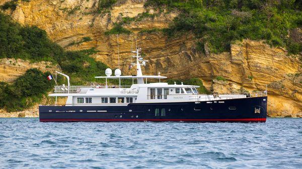 Ocea Commuter explorer vessel