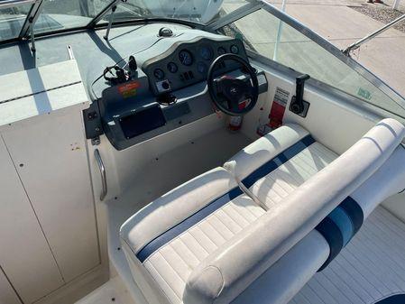 Sea Ray 230 Sundancer image