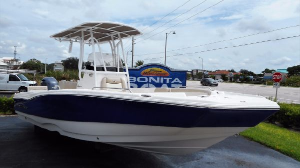 NauticStar 231 Coastal Center Console Bay/Deck Boat Hybrid 2017 NauticStar 231 Coastal Center Concole Bay/Deck Boat