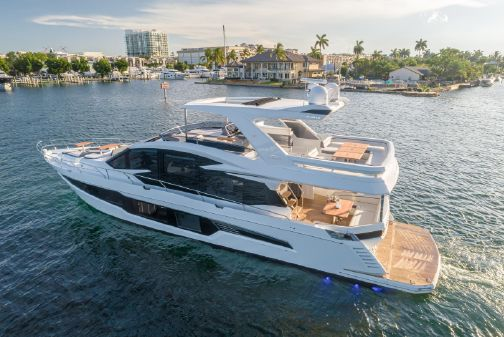 Galeon 680 Fly image