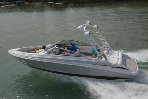 Crownline 235 SS image