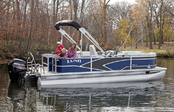 2019 Lund LX220 Pontoon Fish