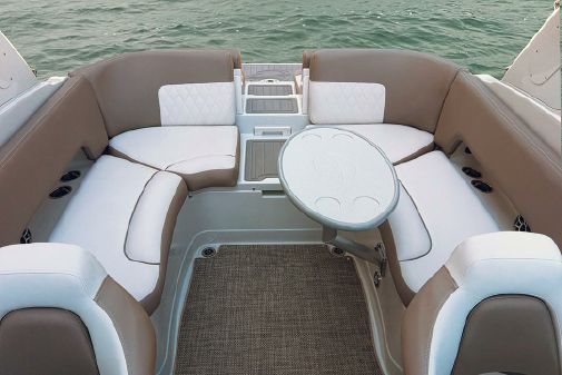 Crownline 265 SS image