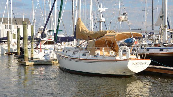 Morris 34 Ocean Series