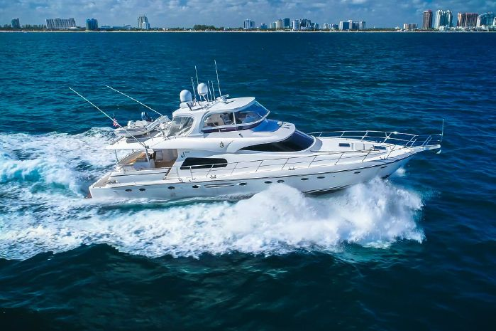 2010 Johnson 70 Motor Yacht