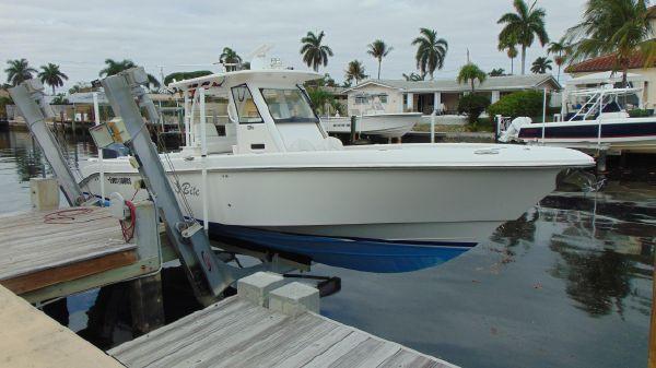 Everglades 325 CC