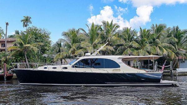 Palm Beach Motor Yachts 45 Downeast