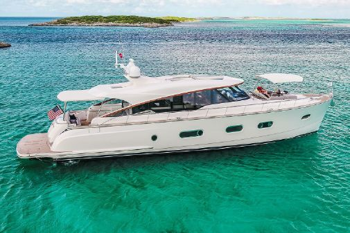Belize 66 Sedan image