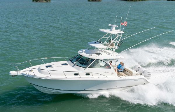 2021 Pursuit OS 385 Offshore