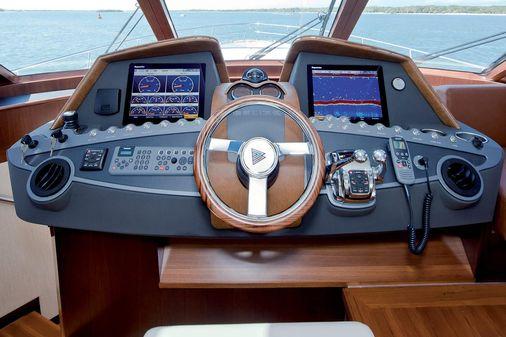Belize 54 Sedan image