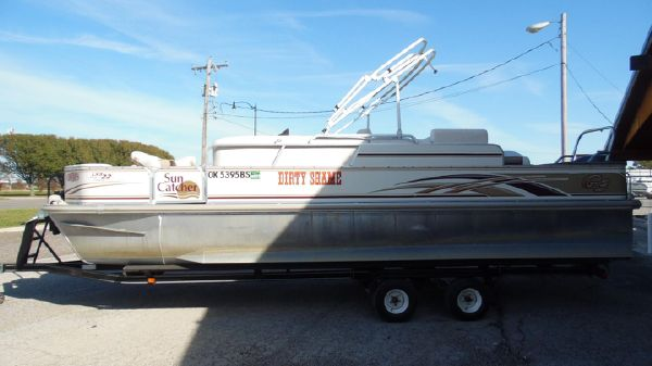 G3 SunCatcher LX3 22 Fish & Cruise