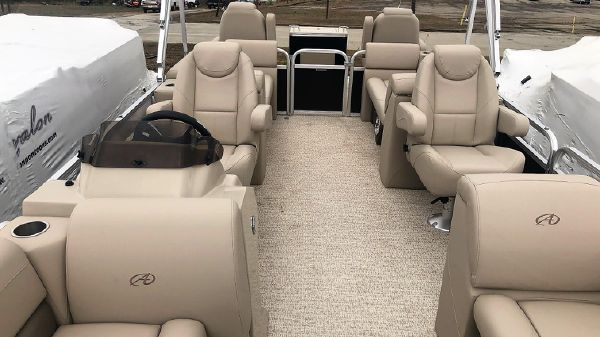 Avalon LS 22 Quad Lounge