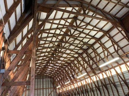 Larson 97ft Boathouse image