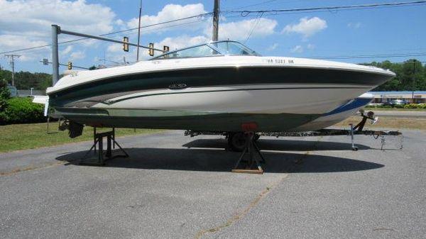 Sea Ray 240 Bow Rider