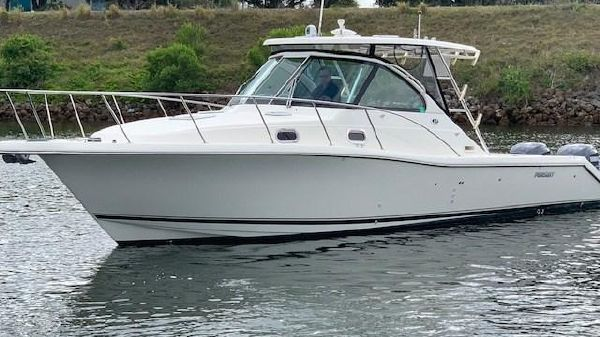 Pursuit 3370 Offshore