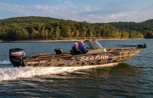 2021 SeaArk ProCat 240