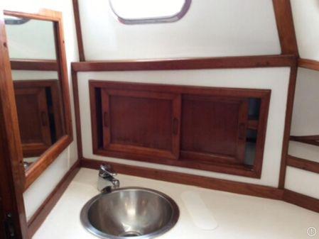 Jefferson 42 Sundeck Motor Yacht image