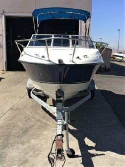 Bayliner Discovery 192 image