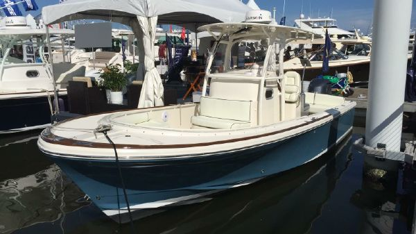 Hunt Yachts 26 Center Console