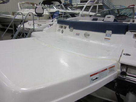 Chaparral 21 H2O Surf image