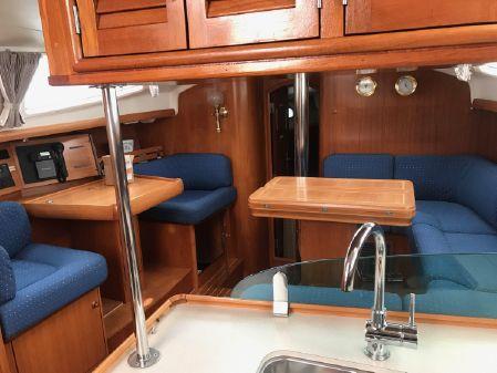 Jeanneau 43 Deck Salon Sun Odyssey image