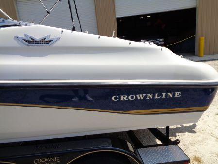 Crownline 202 BR image