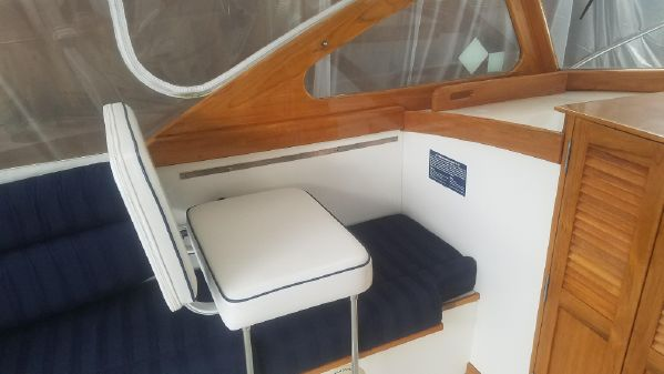 Dyer 29 Trunk Cabin image