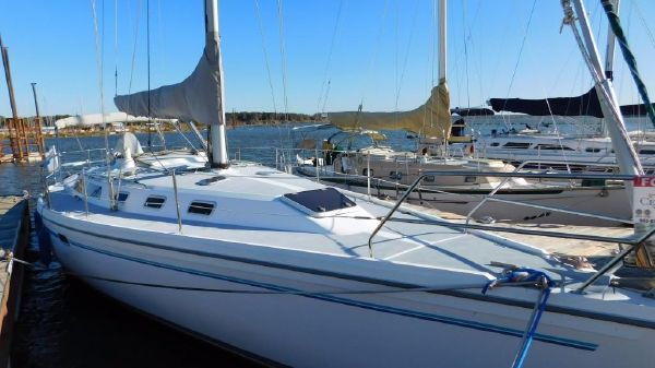 Catalina 42 Stb. Side