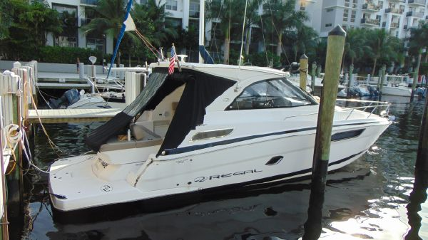 Regal 35 Sport Coupe Diesel low HRS!