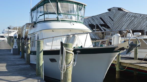 DeFever 44 Offshore Cruiser 1998 DeFever 44 Motor Yacht, bow view