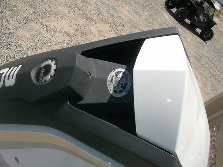 Premier 250 Intrigue RF image