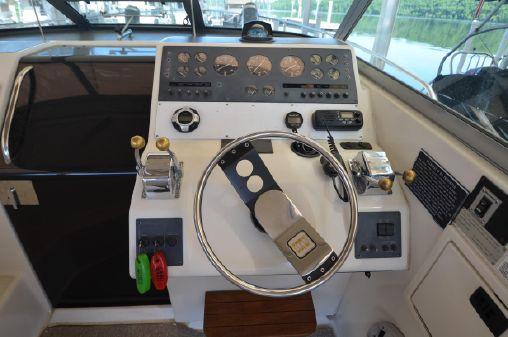Tiara 310 SC image