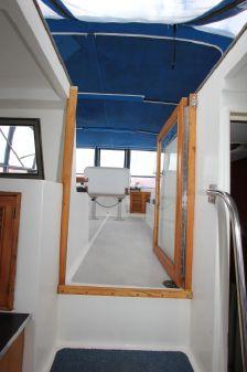 Ponderosa 47 Cockpit Motor Yacht image
