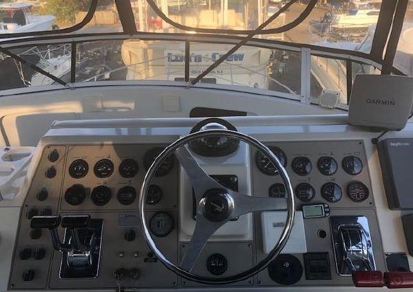 Carver 405 Aft Cabin Motor Yacht image