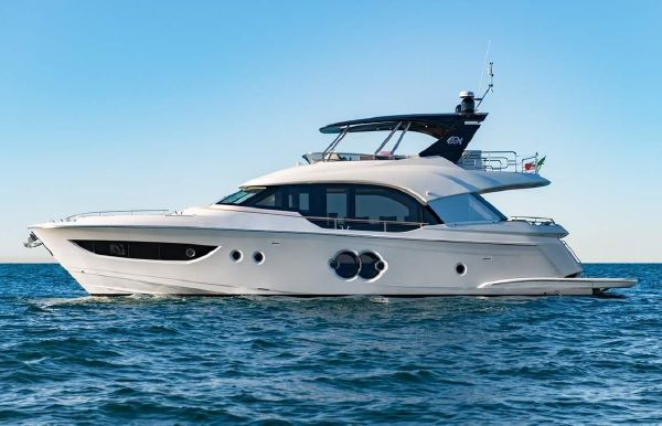 2019 Monte Carlo Yachts MCY 70
