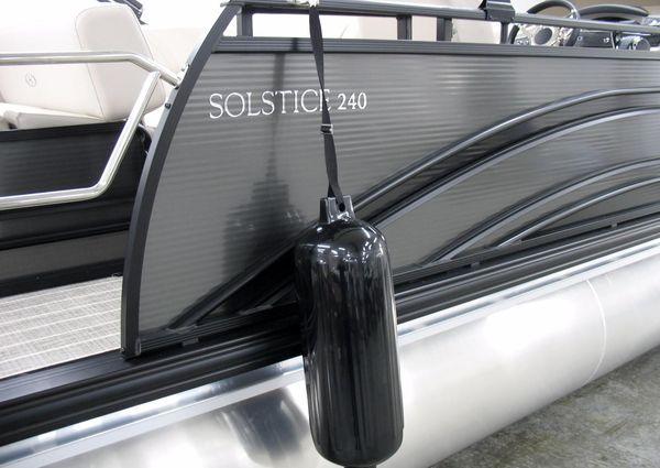 Harris Solstice 240 image