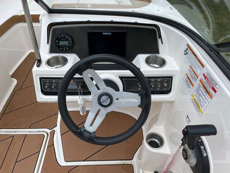 Bayliner DX 2250 image