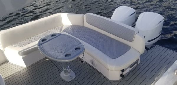 Sessa Marine Key largo 34 Outboard image